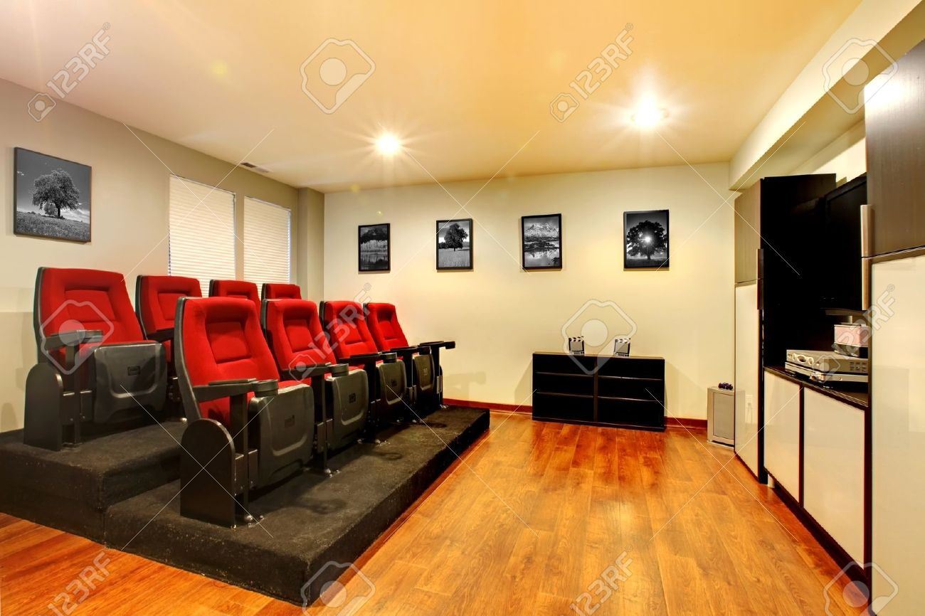 Merveilleux Inspirational Movie Room Chairs 21 For Sofa Room Ideas With Movie Room  Chairs