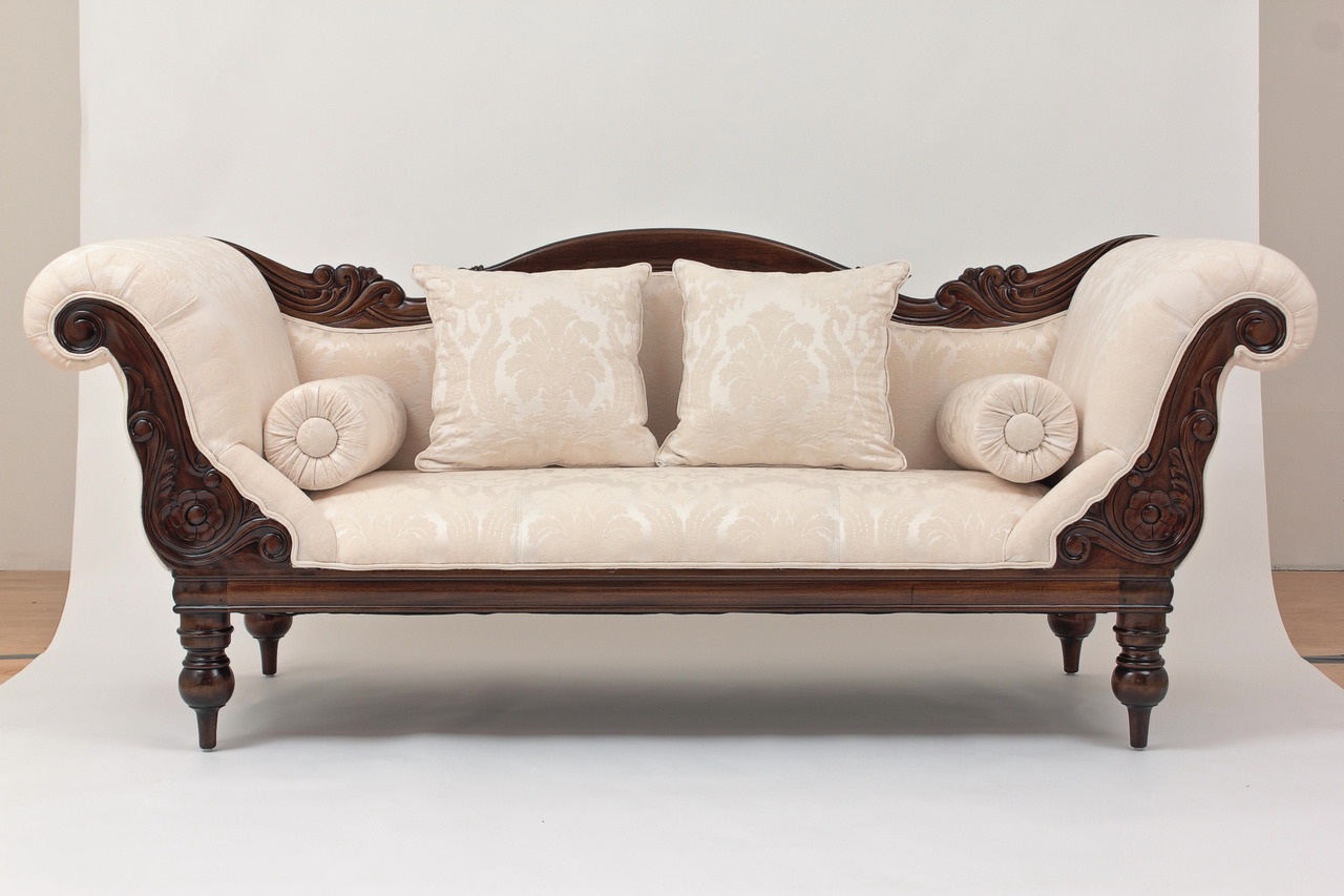 Antique style sofa Antique loveseat styles