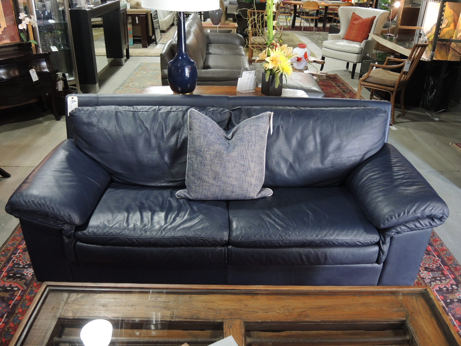 Navy blue leather sofa and loveseat sofa navy blue leather for Blue leather sofa